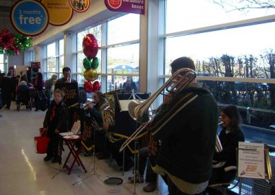 Carolling Dec 2008