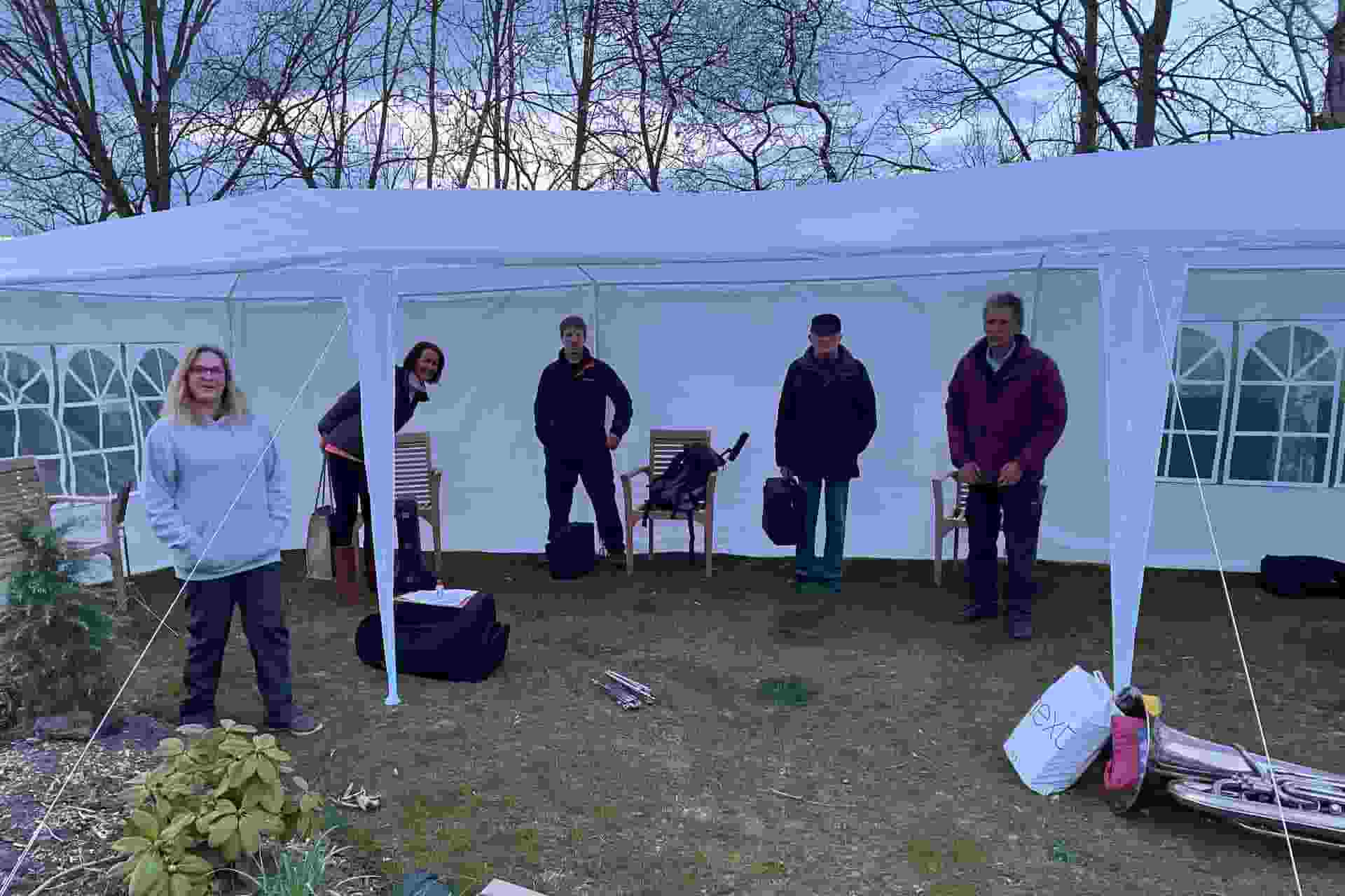 OBB Group of 6-Playing Outdoors 13 Apr 2021